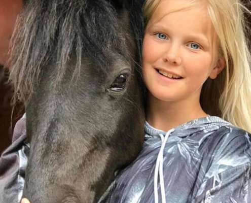 Children and ponies at Ranch Siesta Los Rubios riding stables in Estepona