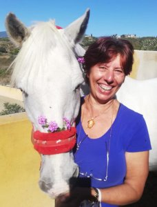 Flowers and horses in Estepona at Ranch Siesta Los Rubios